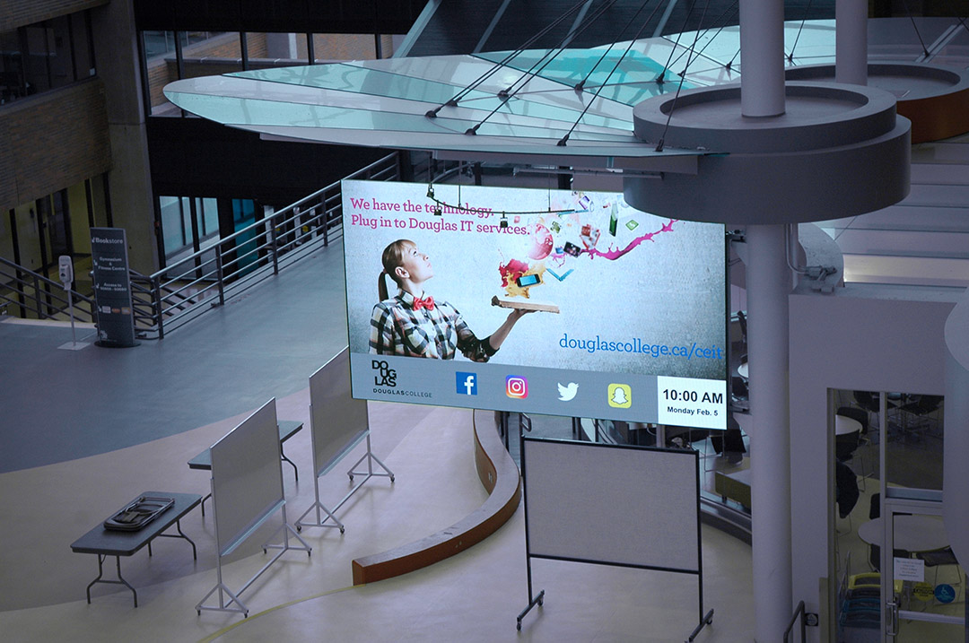 Douglas_College_Lobby_Common_Area_Indoor_LED_Digital_Signage_Message_Board_Langley_British_Columbia_Canada_LIGHTVU